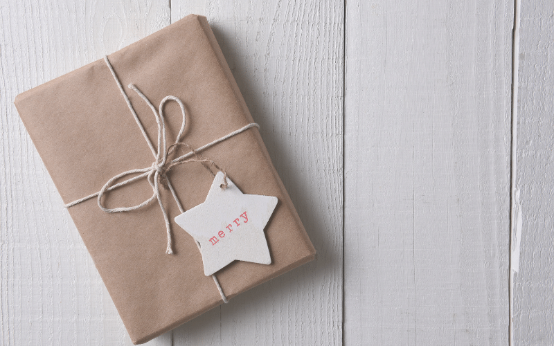 Tips for Christmas on a Budget @ Short on Time and Money