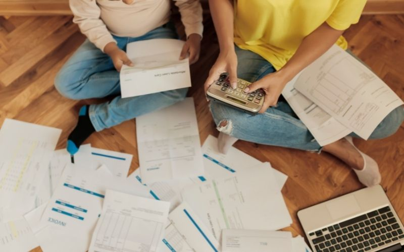 How to Pay off Debt Fast @ Short on Time and Money